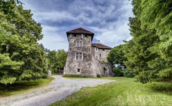 Annecy 17th Century Castle for sale