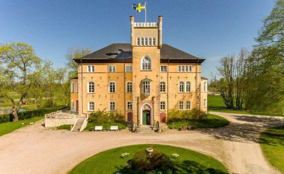 Borsorp Castle Sweden for sale