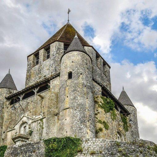 Castleist - The Castles for sale website main crop lrg (2)