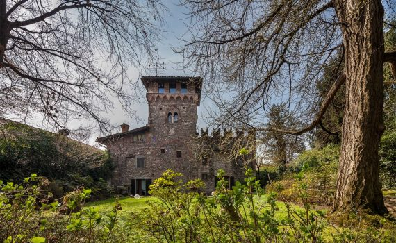 Gorle Castle Italy for sale