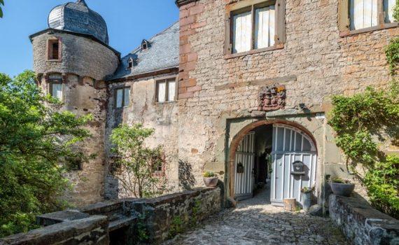 Hollrich Castle for sale