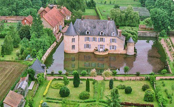 Le Mans Moated Castle for sale