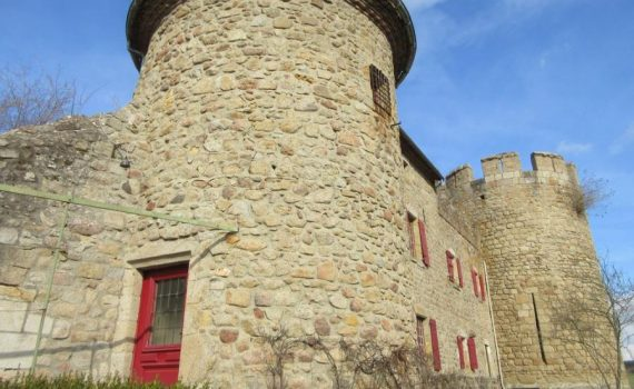 Listed Castle nr Thiers for sale