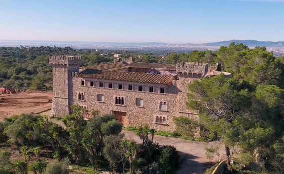 Mallorca Palma unfinished Castle for sale