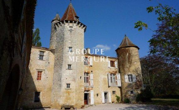 Mauvezin Gers France Castle for sale