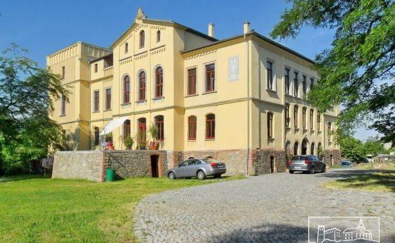 Neorenaissance Castle for sale in the Leipzig region