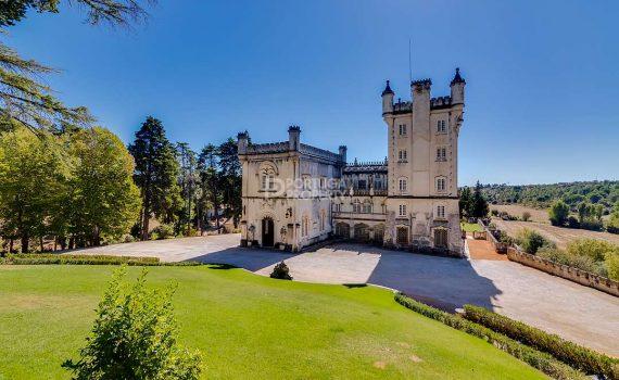 Quinta da Torre de Santo António Palace Portugal for sale