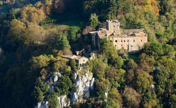 Radicondoli Castle Tuscany for sale
