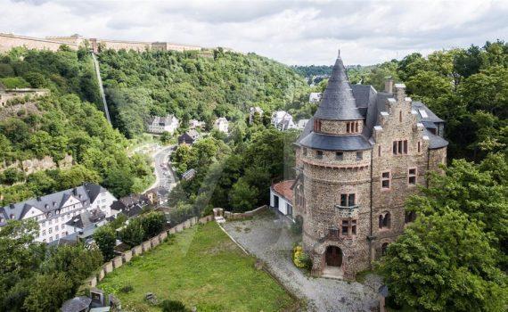 Rheinberg - Castle-like house for sale Germany