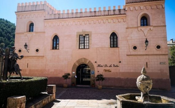 Rubielos de Mora Spain Hotel Castle for sale