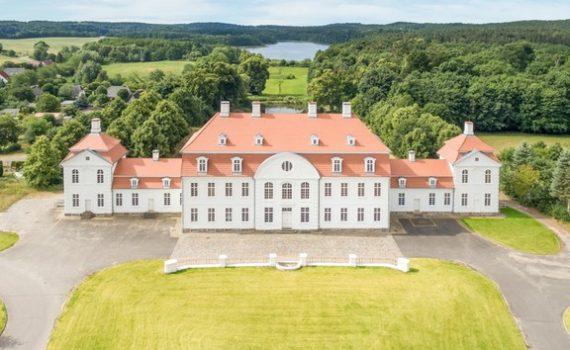 Schloss for sale vietgest Germany