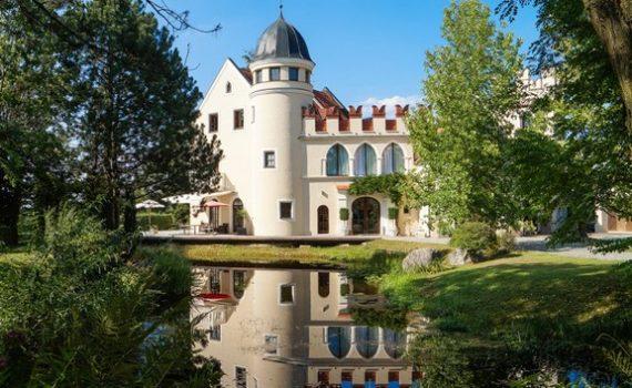 Upper Bavaria Castle for sale Salzach