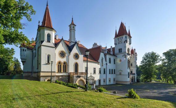 chateau zinkovy czech republic for sale