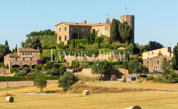 Castell Foixa Baix Emporda Spain 1