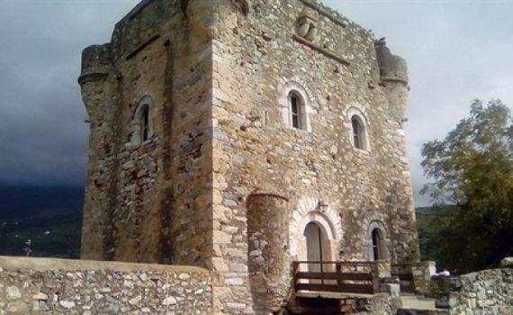Pelopponese Castle for sale Mani 15